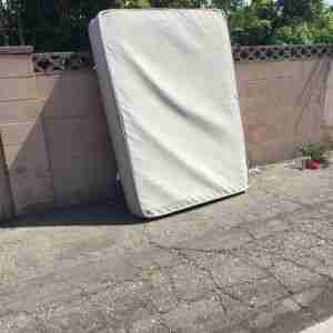 can i sell an old mattress at garage sale?